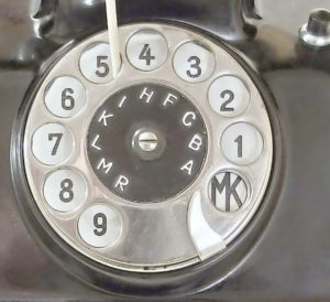 bakelitovy telefon Mikrofona logo na cislicovem kotouci