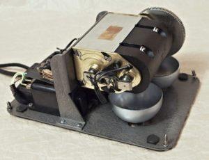 telefon Tesla MB induktor