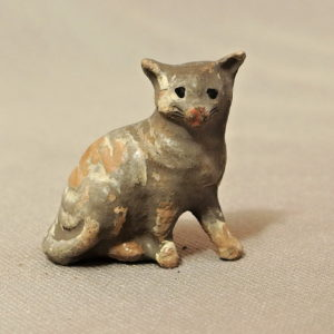 starozitna hracka kocicka figurka