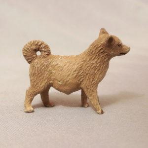 starozitna hracka pes figurka