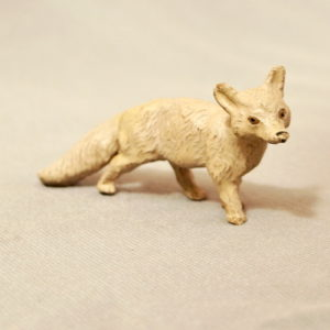 starozitna hracka polarni liska figurka