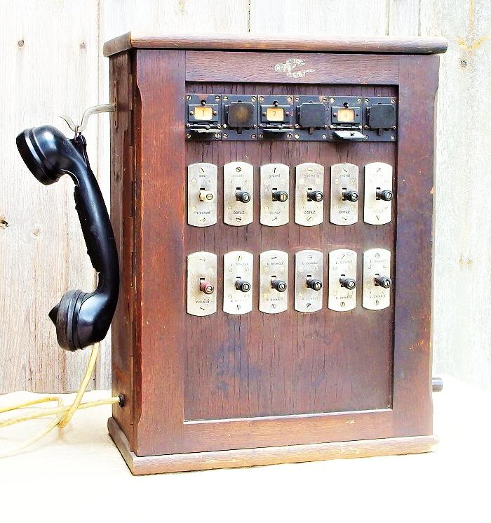 stare telefonni zarizeni