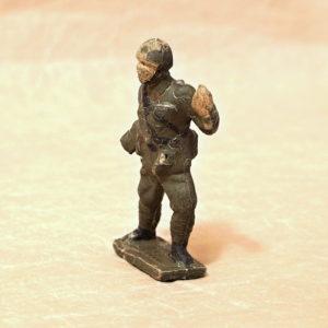 gumovy vojacek Bata starozitna hracka